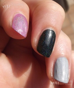 Glitter Gal holos over bases