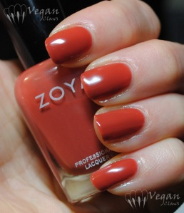 Zoya Natalie, artificial light