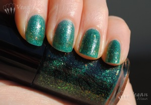 Cult Nails Toxic Seaweed