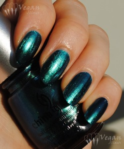 China Glaze Deviantly Daring