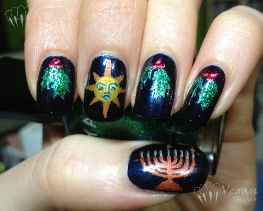 Saturnalia and Hanukkah decorations mani