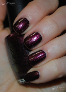 opi_laboheme_overblack_flash-1
