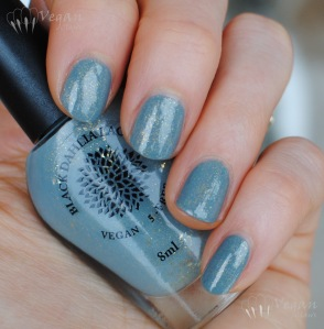 blackdahlialacquer_wildbergamot_shade