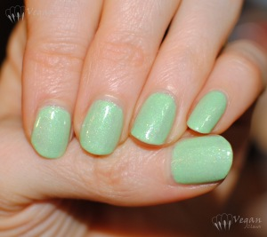 picturepolish_tailfeather2