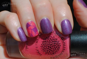 blackdahlialacquer_90innovember_bloomingsunflowers_stamped
