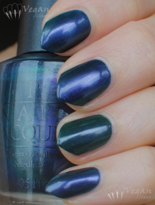 opi_glacierbayblues_bbcouture_pipebender_shade2