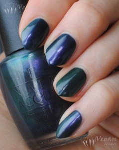 opi_glacierbayblues_bbcouture_pipebender_shade3