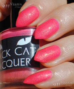 blackcatlacquer_lotusflower2